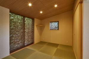 大きな窓が特徴的な二世帯住宅|東海市K邸_サンプル画像05